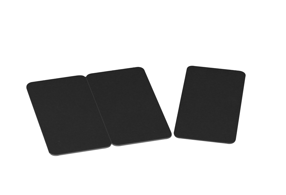 3-up tags black